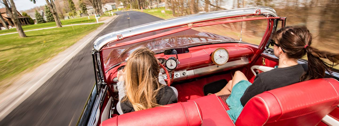 5 Tips for Selecting the Right Classic Car Insurance