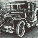 Henri Rougier, his mechanic and the 25Hp Turcat-Mery prepare for the inaugural Monte Carlo rally.