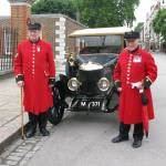 Chelsea Pensioners and a Newton Bennett