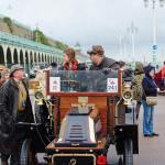 The crowds gaterh at Brighton!