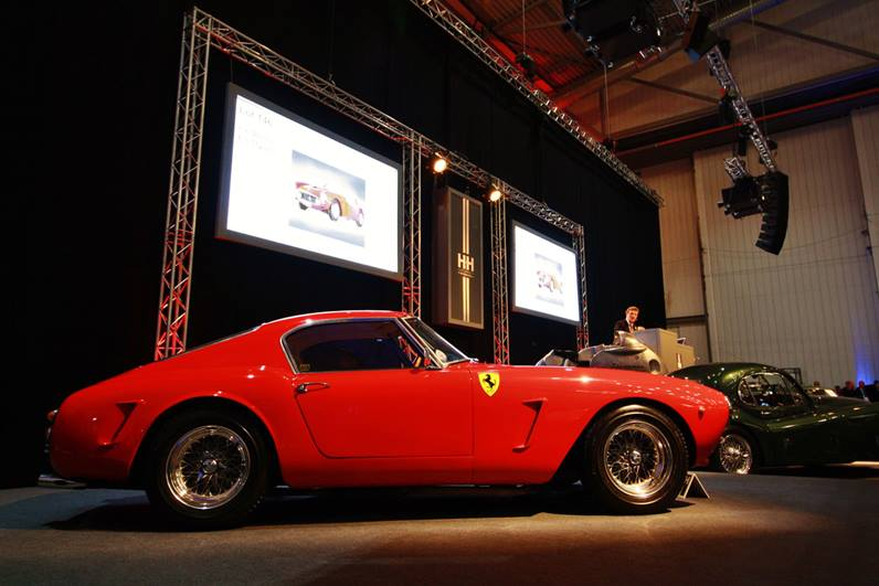 https://d32c3oe4bky4k6.cloudfront.net/-/media/ukdirect/images/articles-and-resources/2016/4/richardcoltonsferrari250gtswb.ashx?modified=20170724184105&mw=1000&mh=531&hash=A60AB9F9C7C355FC430691A2059E099FC0266136