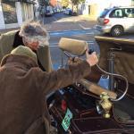 Roadside surgery for the De Dion Bouton