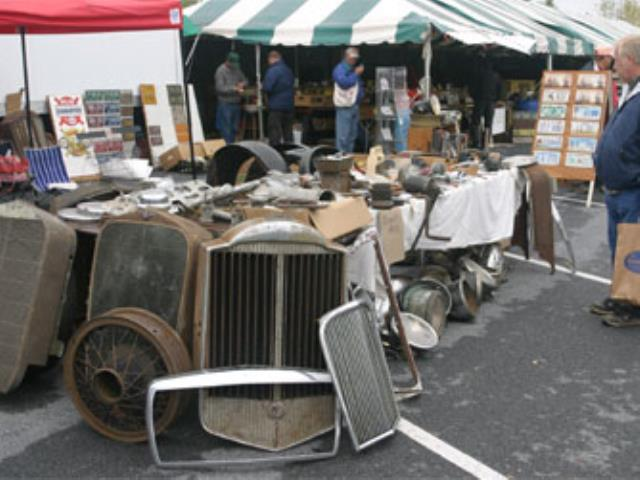 Swap Meet Dos And Donts - Hershey antique car show