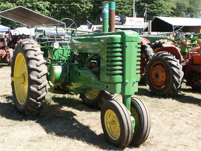 Under-the-Radar Collectible: Tractors thumbnail