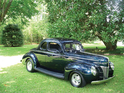 1940 Ford Opera Coupe thumbnail