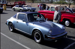 1971 Porsche 911T and 1981 Porsche 911SC thumbnail