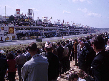 Photos offer glimpse of racing history thumbnail