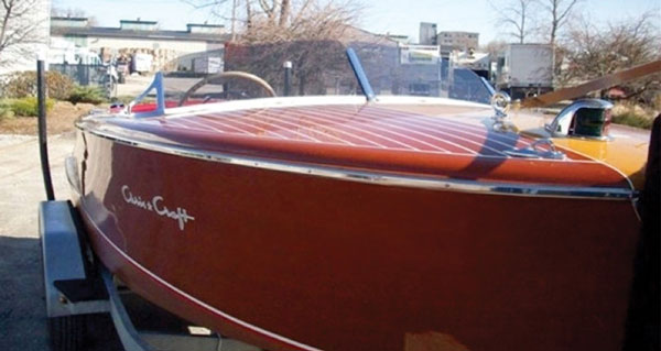 18-foot 1952 Chris-Craft Riviera thumbnail