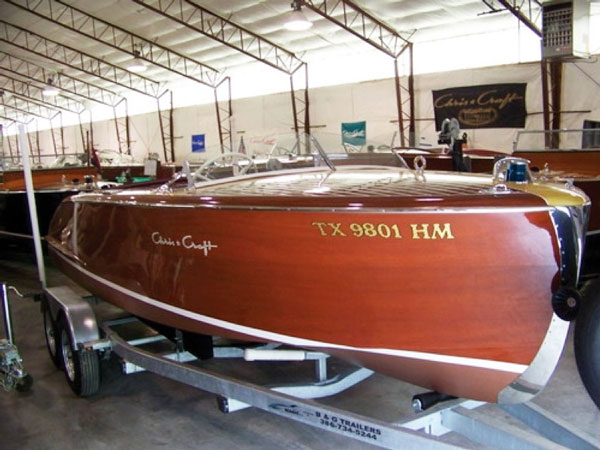 20-foot 1950 Chris-Craft Riviera thumbnail