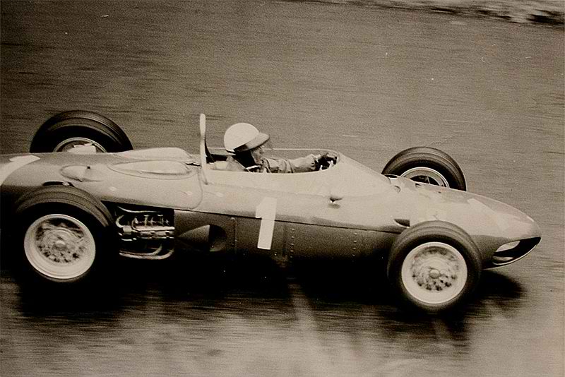 This Week in Automotive History: Nov. 12-Nov. 18 thumbnail