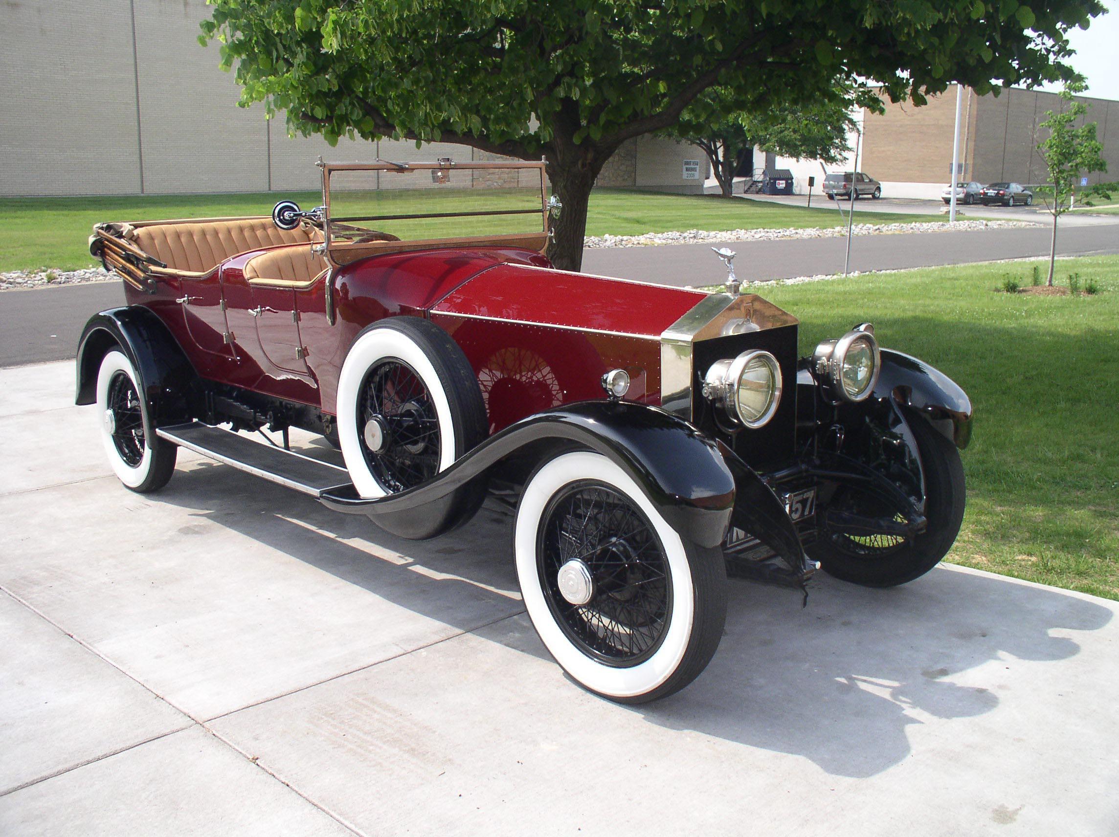 This Week in Automotive History: Dec. 17-Dec. 23 thumbnail