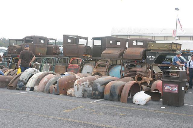 Sandy's Aftermath: The classic car parts market thumbnail