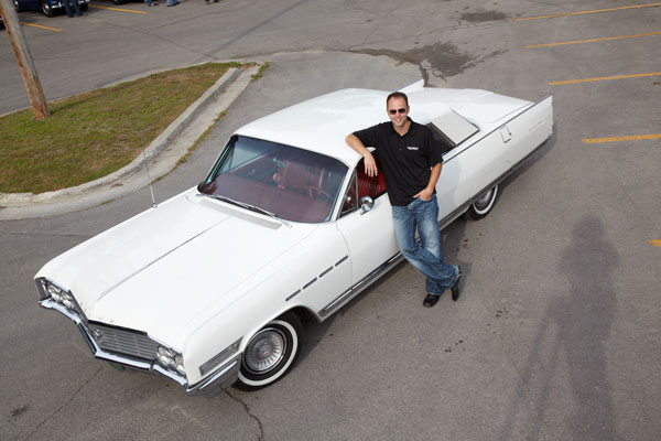Our Cars: Jonathan Klinger's 1964 Buick Electra thumbnail