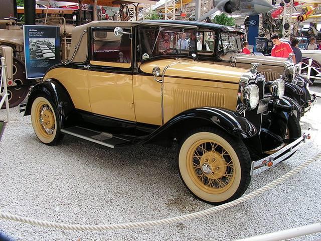 American Cars in Japan - Yakuza Cars | Hagerty Articles