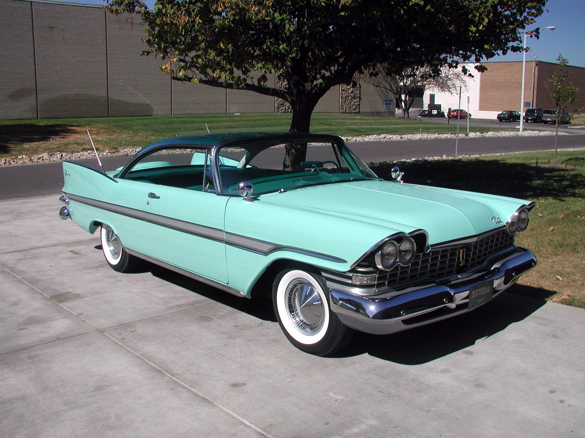 Five Famous TV Dad Cars thumbnail