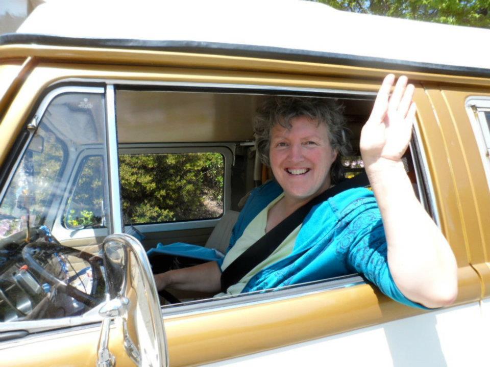 '71 VW camper van helps create awareness of autoimmune disease thumbnail