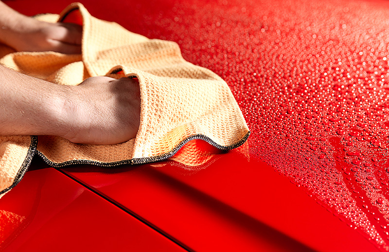 Griot's Car Care Tip: Preventing Swirl Marks With Proper Drying thumbnail