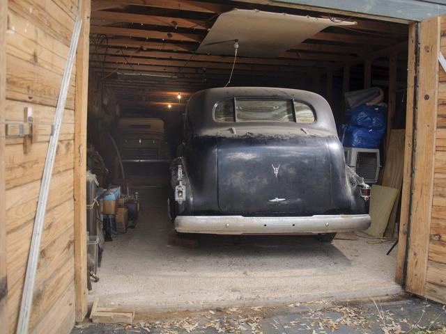 Texas Time Capsule Five Pre War Automobiles Discovered In Barn