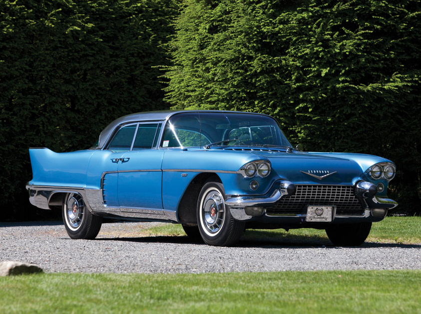 Auction Preview: RM Sotheby's Motor City Sale 2015 thumbnail