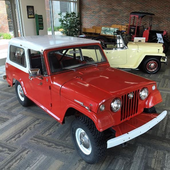 1967 Jeep Commando / 1950 Jeepster