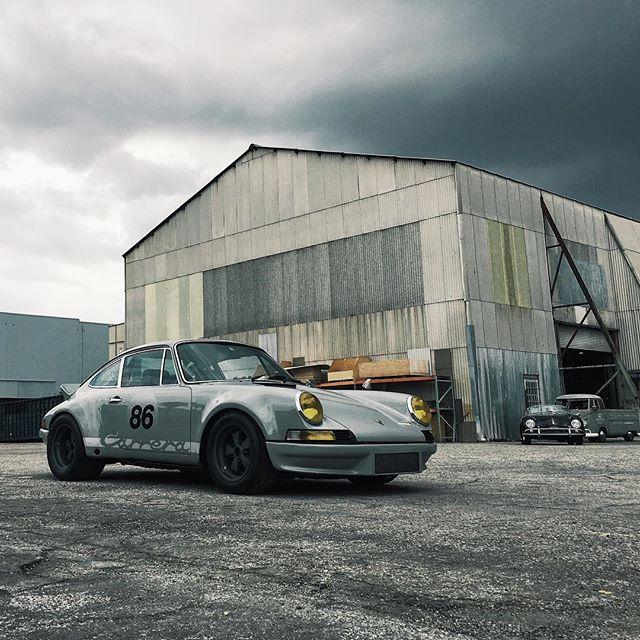 Porsche 911 austincabot