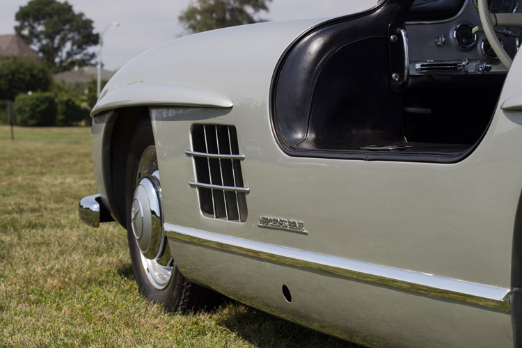 Mercedes-Benz 300SL gullwing fender