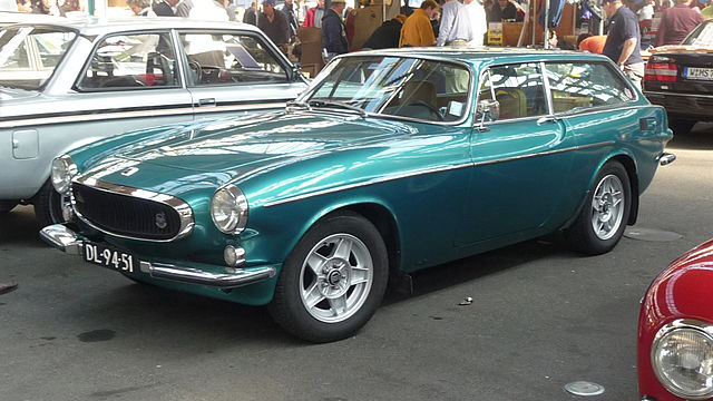 Classic Classified: 1973 Volvo 1800ES thumbnail