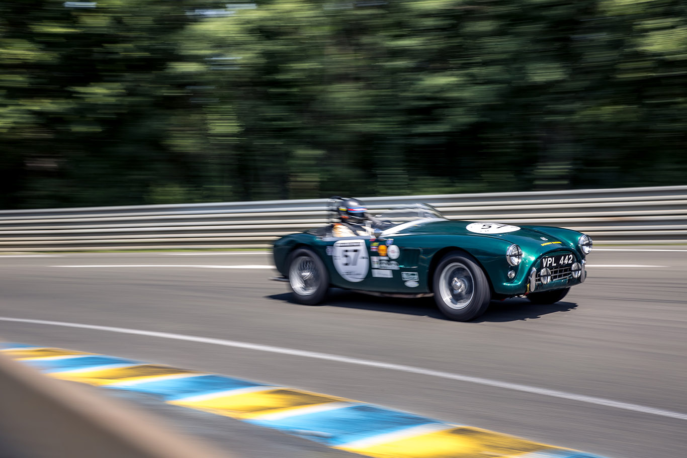 This is what 70 years of Le Mans history looks like Pt. 1 thumbnail
