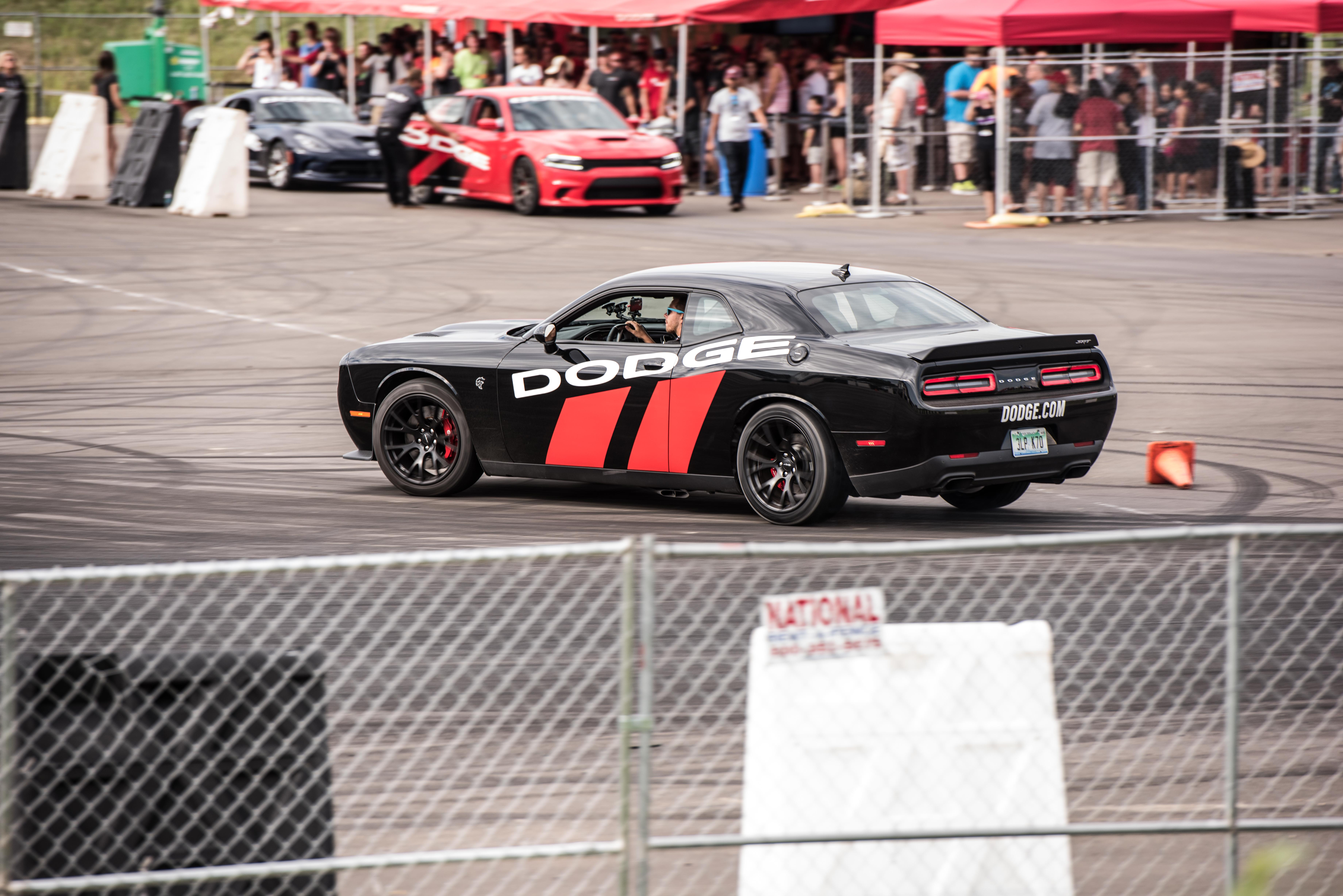 Photo Gallery: How to drag race on Woodward Avenue - legally thumbnail