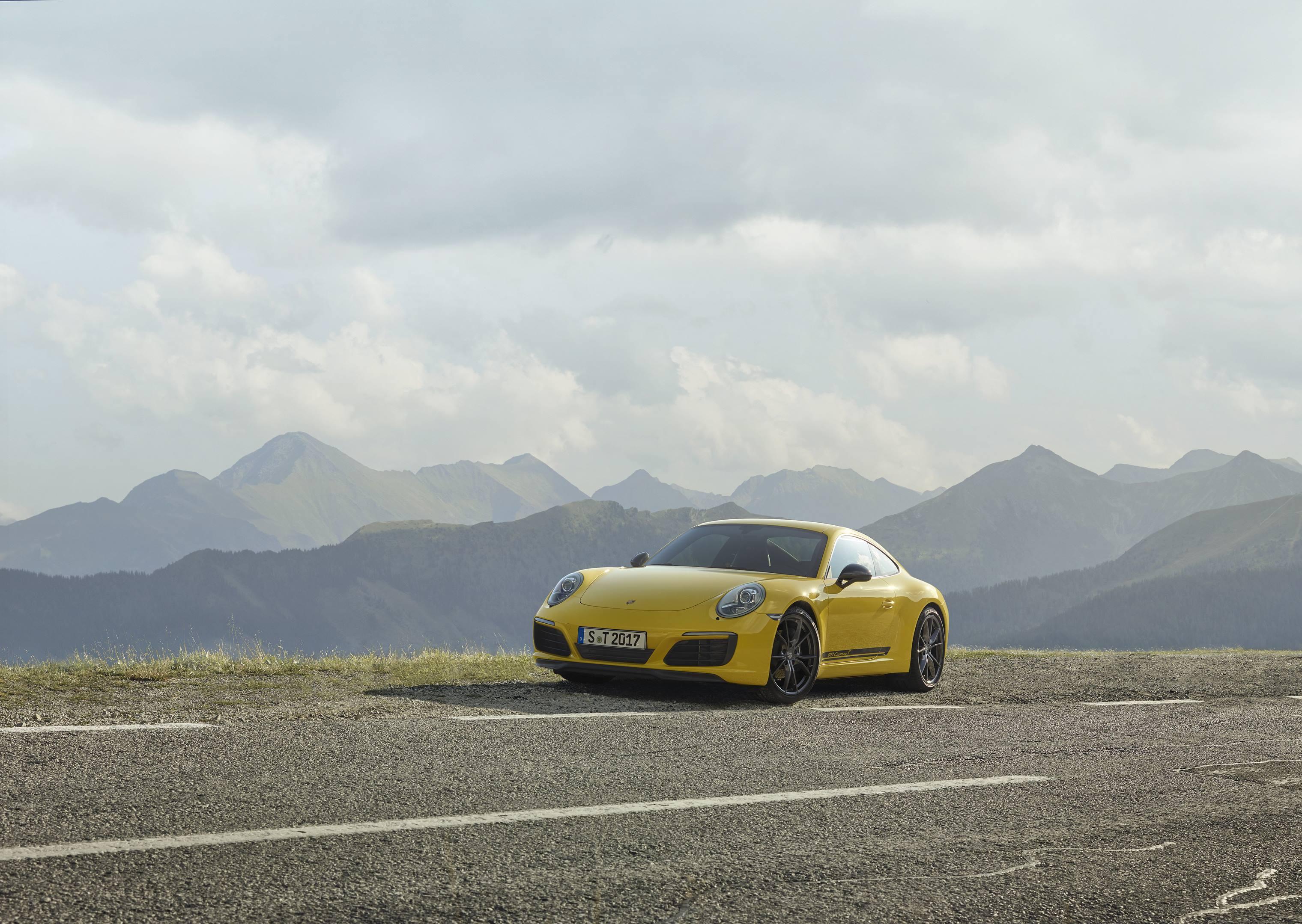 lightweight Porsche 911 Carrera T