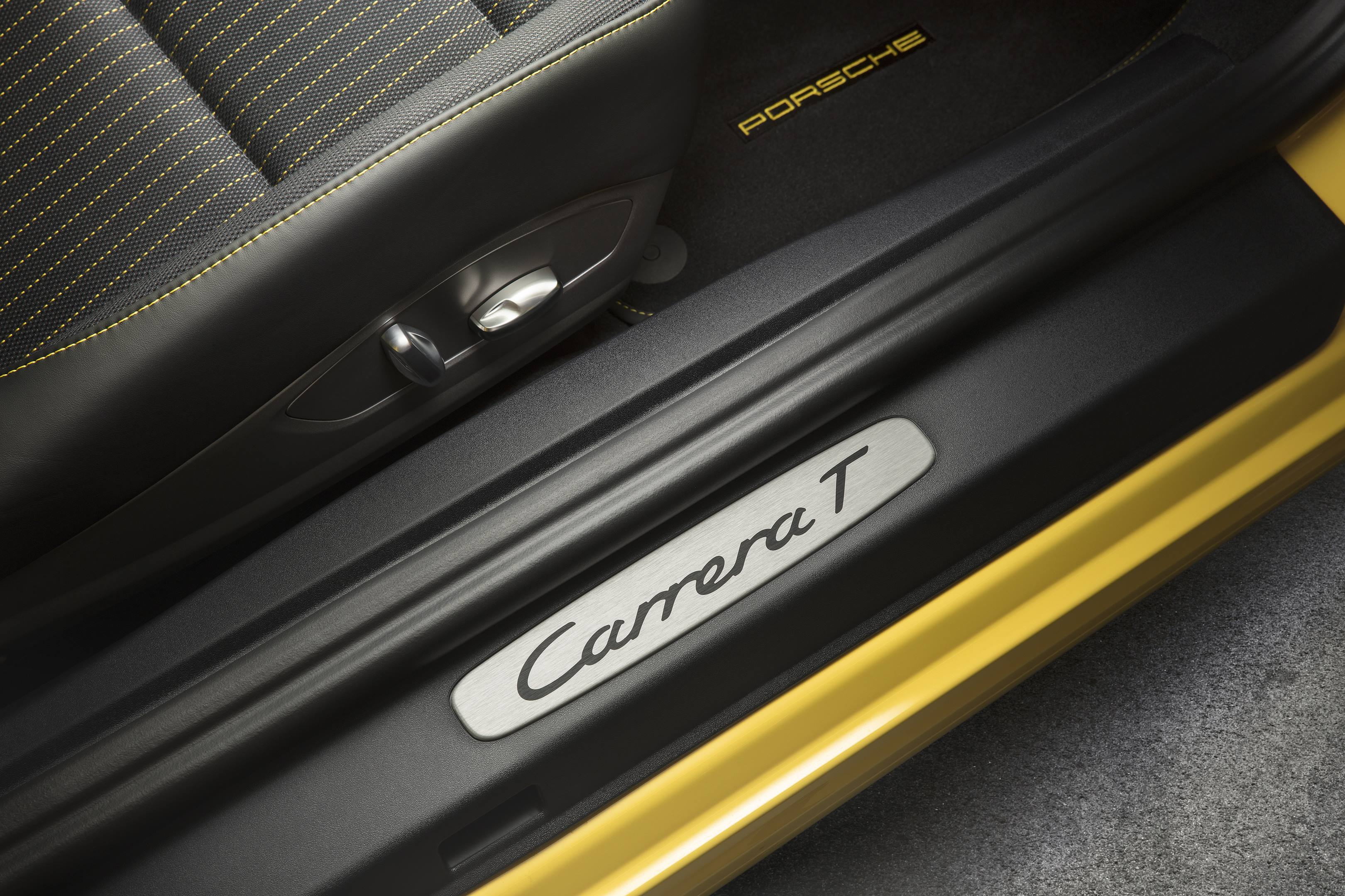 2018 Porsche 911 Carrera T detail