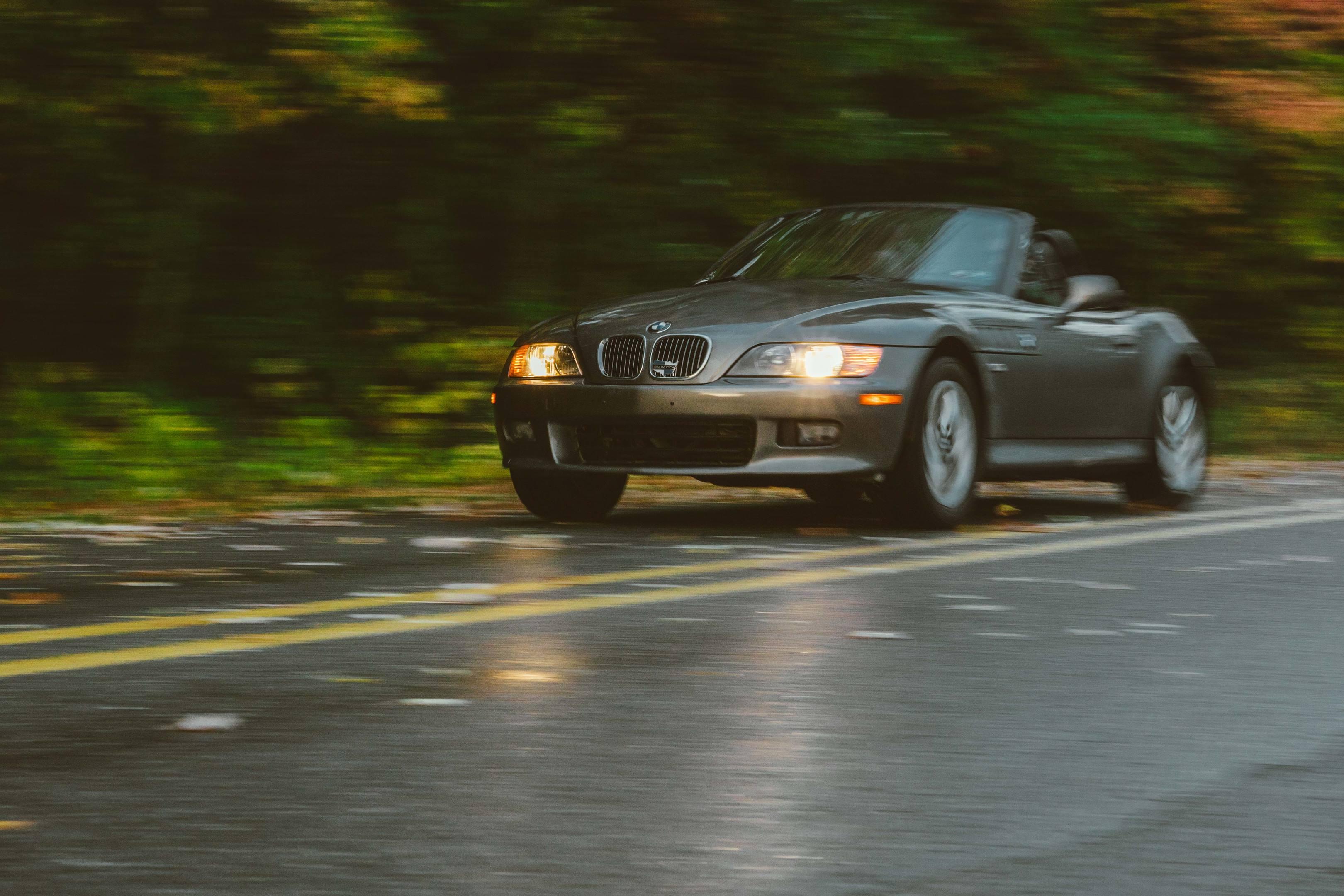 2001 BMW Z3 2.5i driving