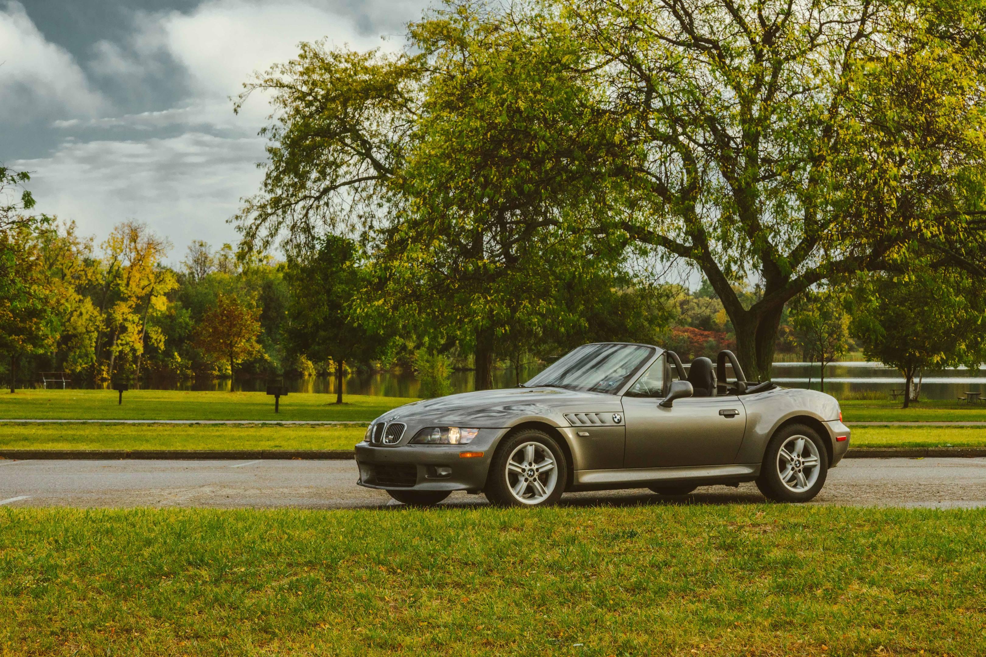 2001 BMW Z3 2.5i profile