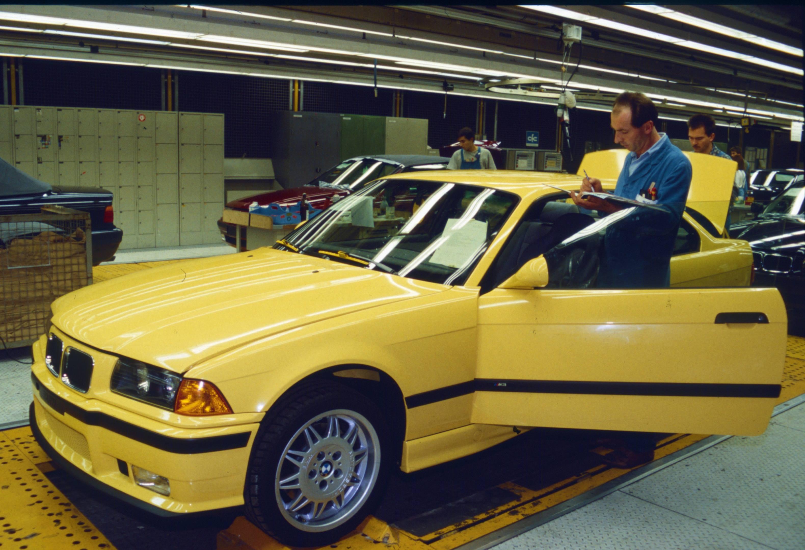 finished BMW E36 M3