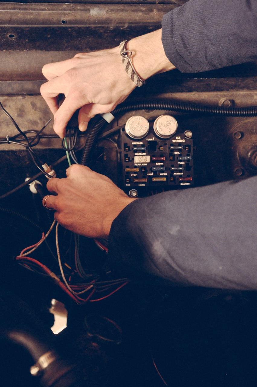 wiring a 1970 International Scout 800A