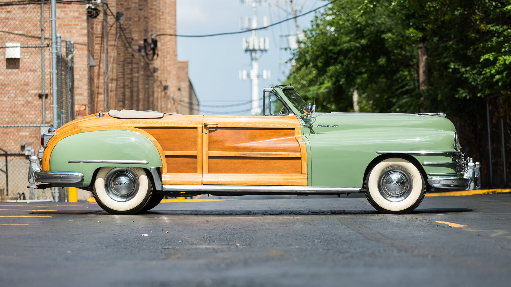 1947 chrysler town and country woodie convertible mecum auction