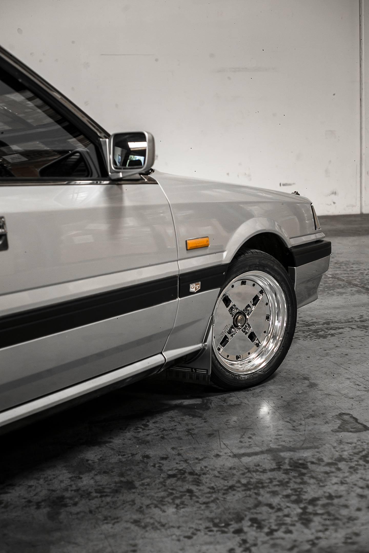 Nissan R31 Skyline turbo wagon side detail