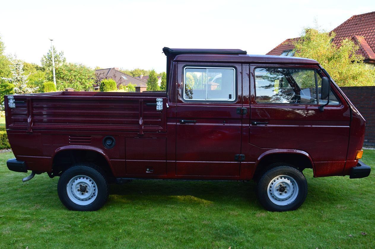 1990 Volkswagen Bus/Vanagon Doka Syncro 4WD Camper profile