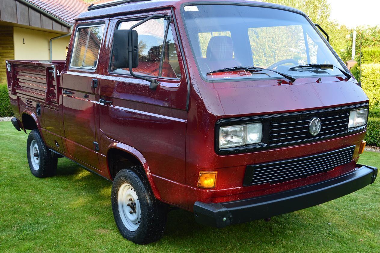 1990 Volkswagen Bus/Vanagon Doka Syncro 4WD Camper front 3/4