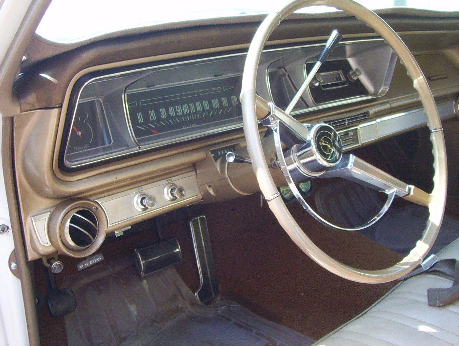 1966-Chevrolet-Impala-Wagon-396-steering-wheel