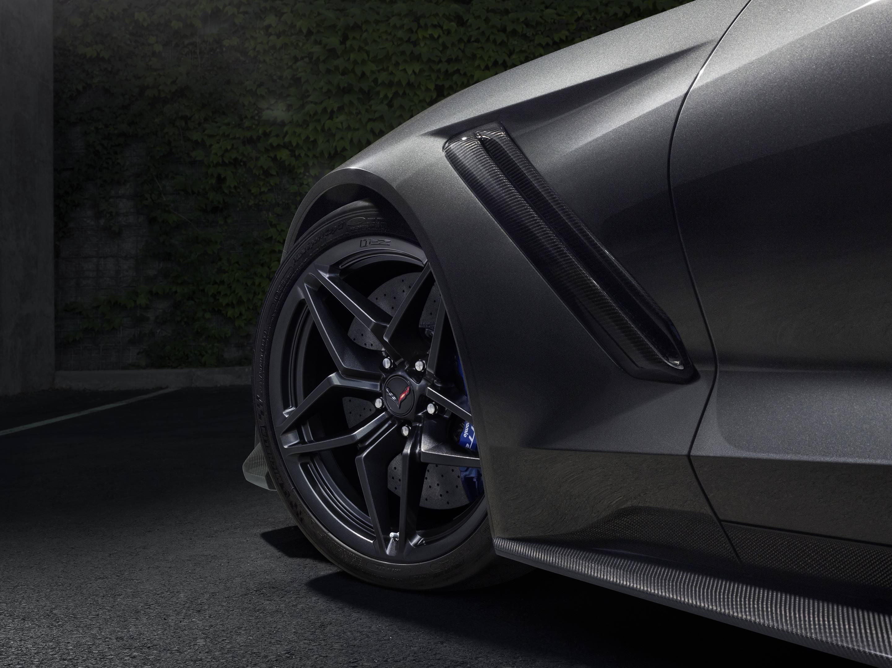 2019 Chevrolet Corvette ZR1 Front wheel shot