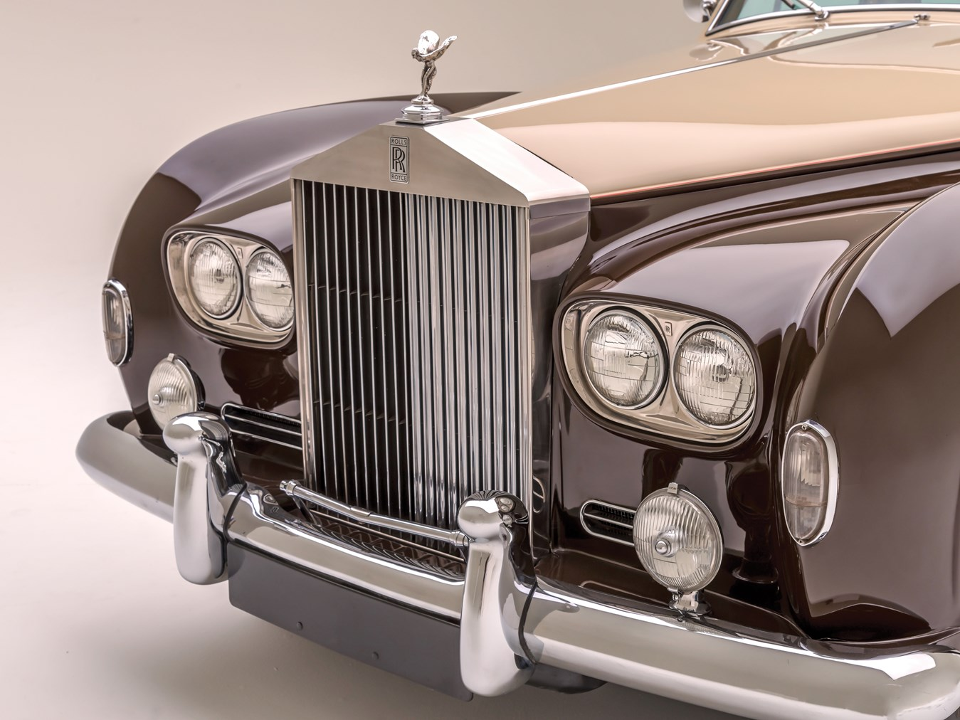 1966 Rolls-Royce Silver Cloud III Touring Limousine grille detail