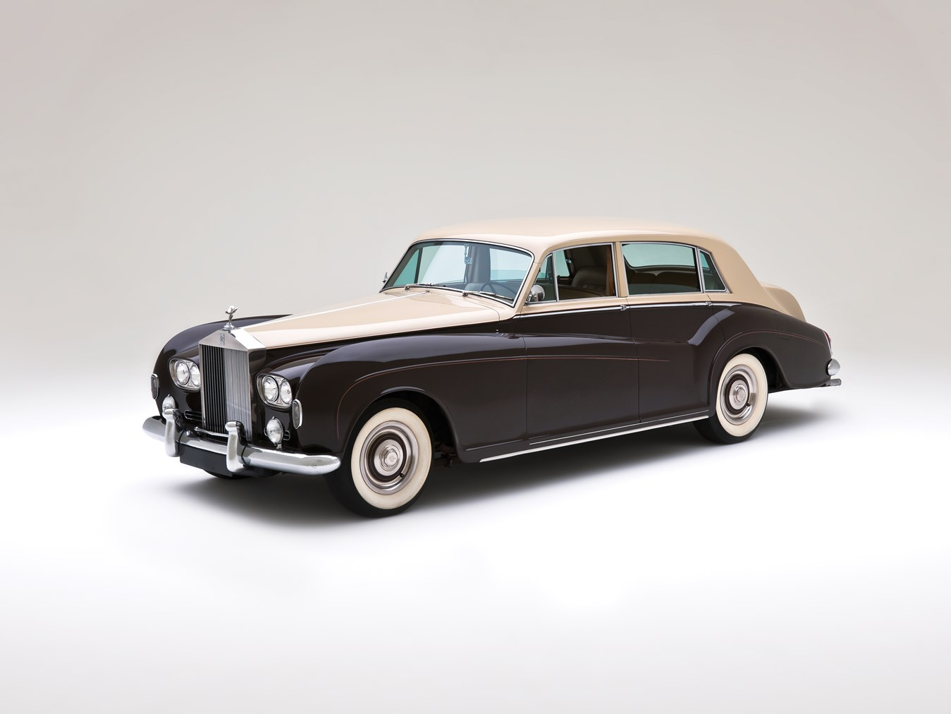 1966 Rolls-Royce Silver Cloud III Touring Limousine front 3/4