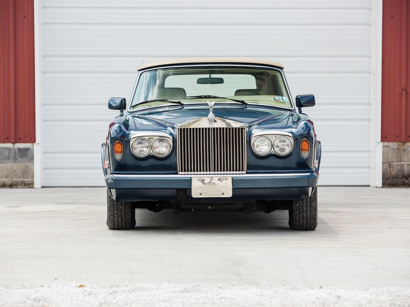 1985 Rolls-Royce Corniche Drophead Coupe front