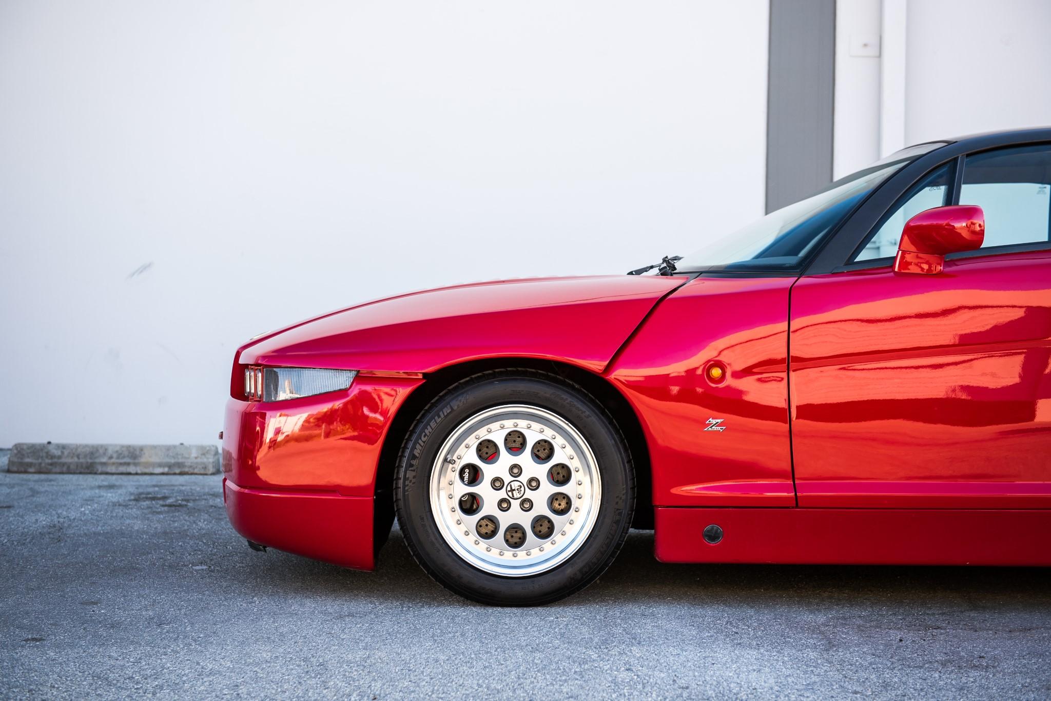 1991 Alfa Romeo SZ profile detail
