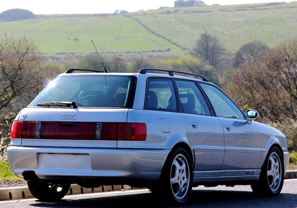 1995 Audi RS2 rear
