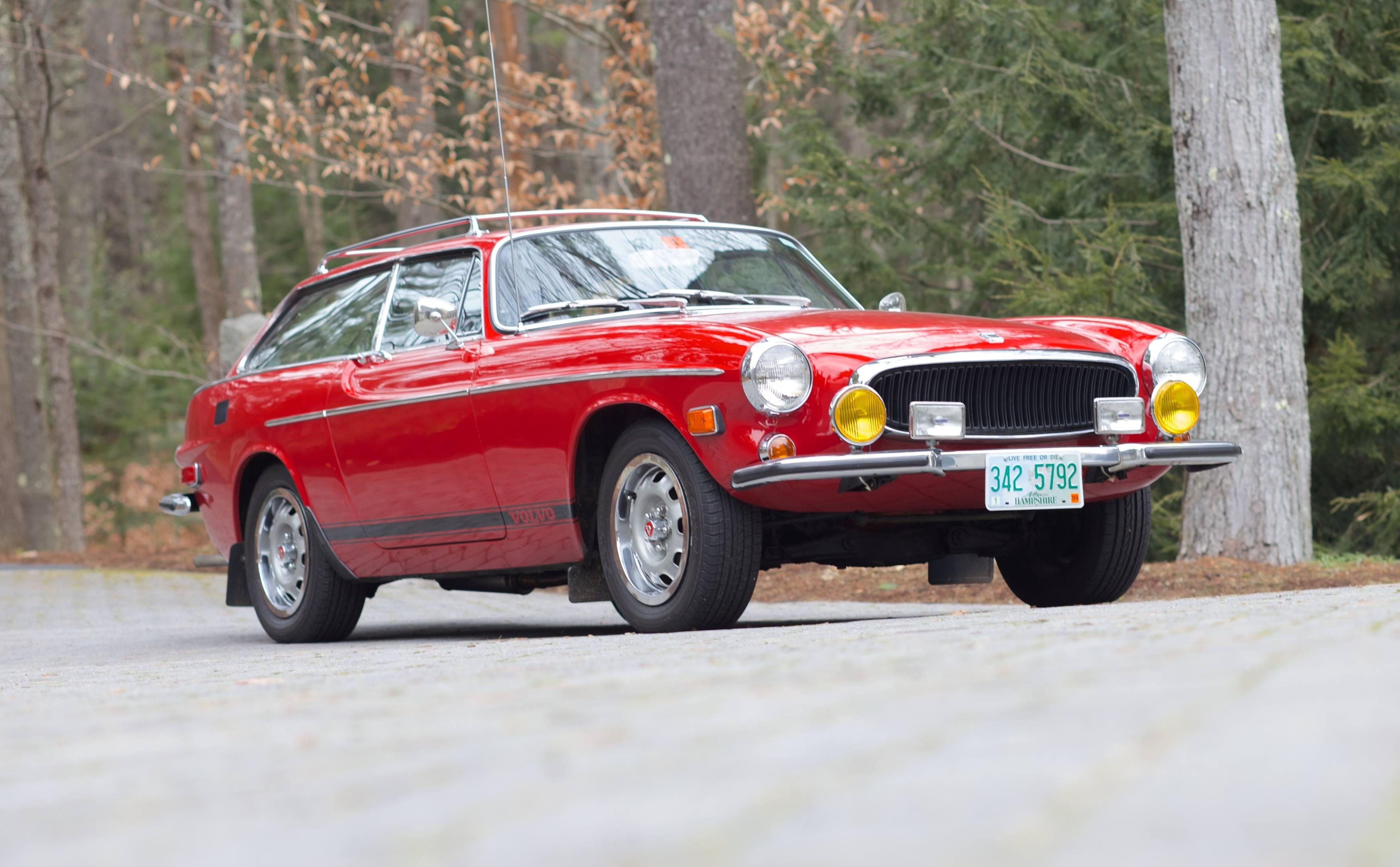 Volvo 1800ES front 3/4