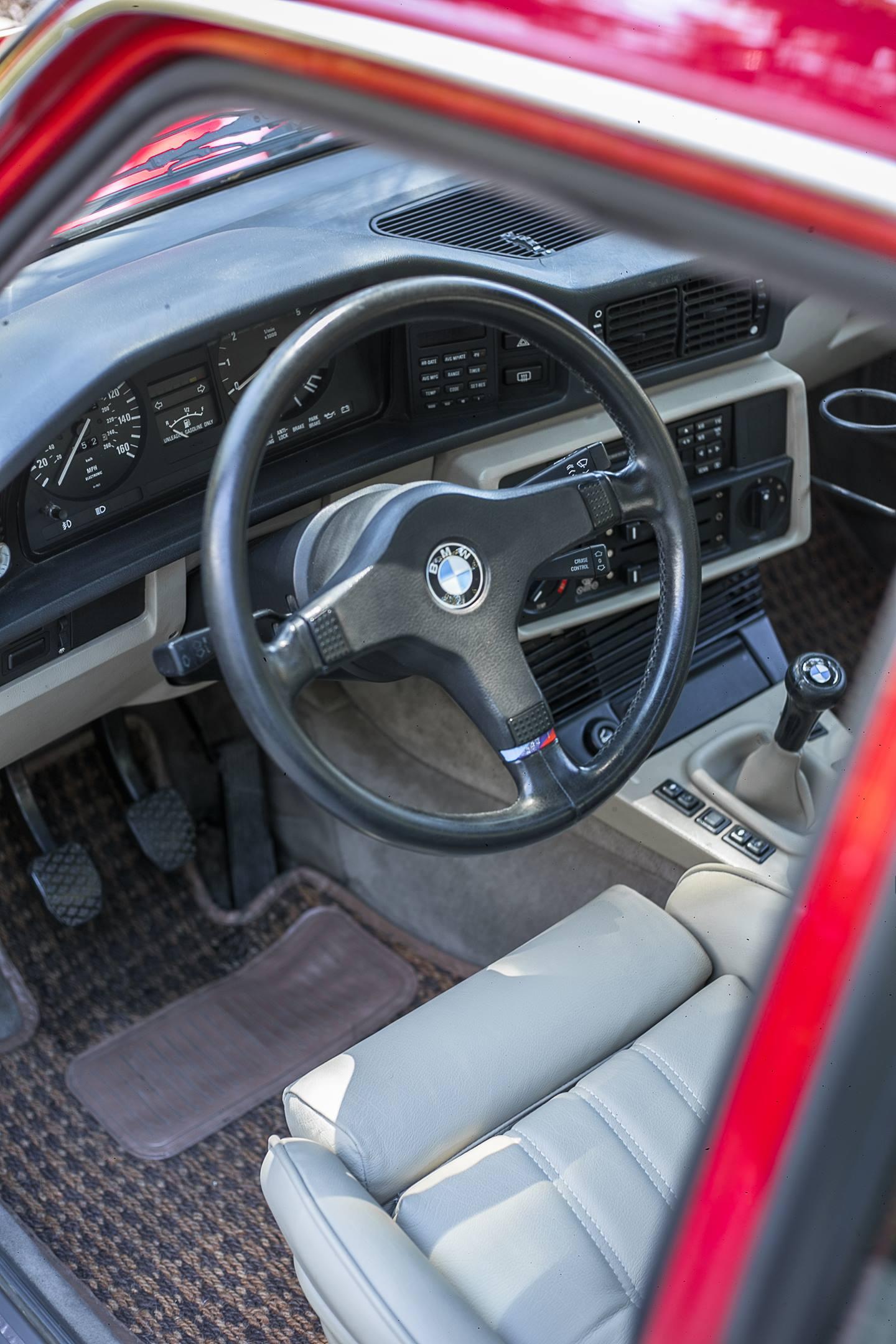 Austin Caccavo's 1987 BMW 535is interior