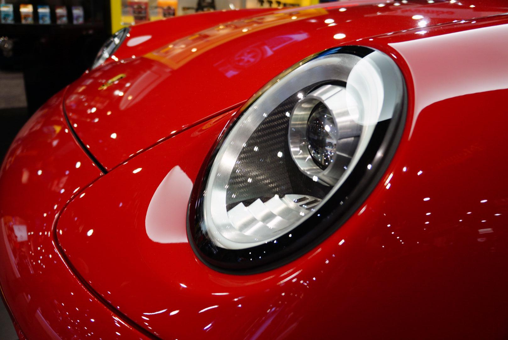 Gunther Werks 400R headlight detail