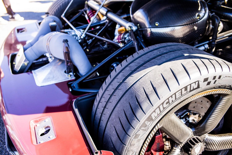 Koenigsegg tires